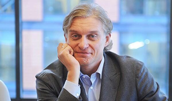 Олегу Тинкову удалось лучший в России банк без офисов