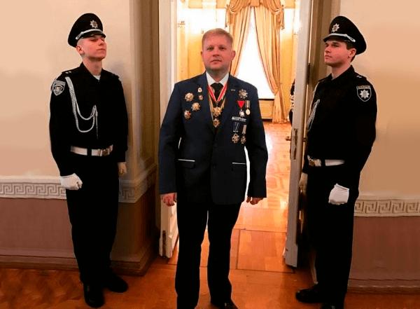 Конверсия награбленного в медали и ордена