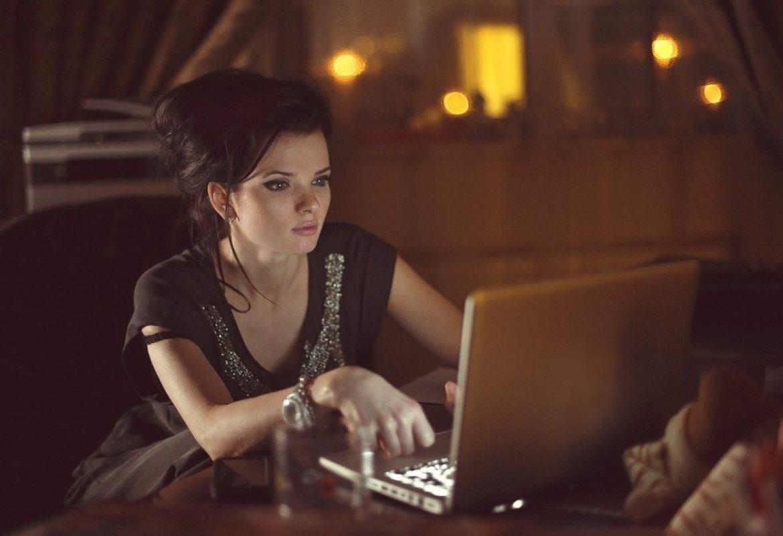 Многие известные блоггеры работают по ночам